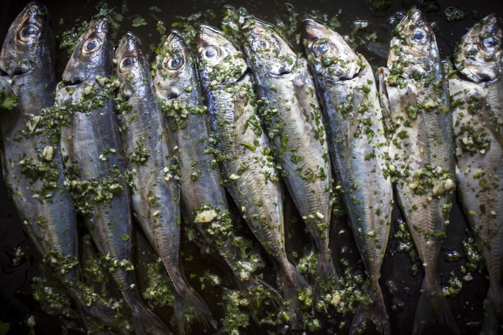 When marinating fish be sure to keep it light as you don't want to mask their subtle flavour. In Europe, the quintessential land of the sardine, a simple extra virgin olive oil, sea salt, garlic and flat-leaf parsley marinade is used and truth be told, nothing else is needed! (Unless they're being smoked or pickled that is!)