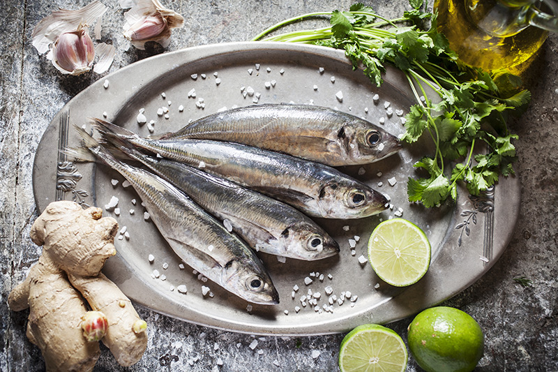 "Fresh sardines are easy to clean and quick to prepare. Be sure to buy the freshest fish possible. The clarity of the eyes and the lack of a ""fishy"" smell indicates freshness."