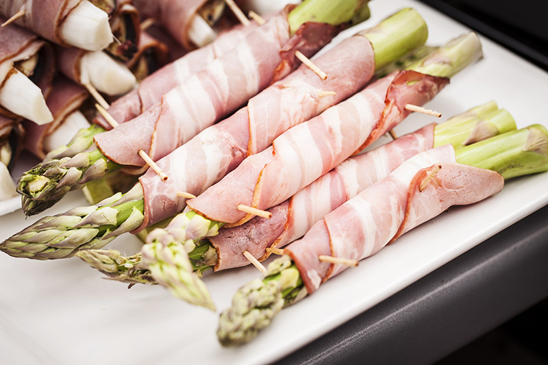 Pick vegetables that are mild in flavour such as asparagus.