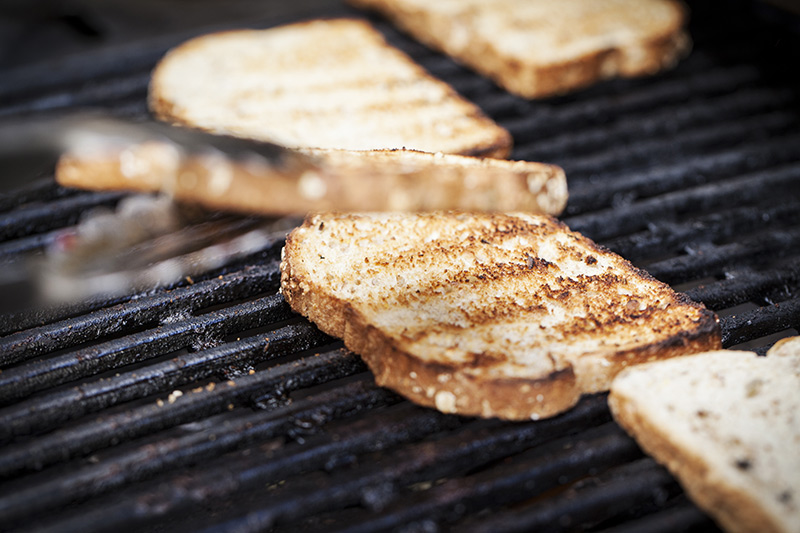 And lest we forget the toast! Simply grill it after the bacon's done!